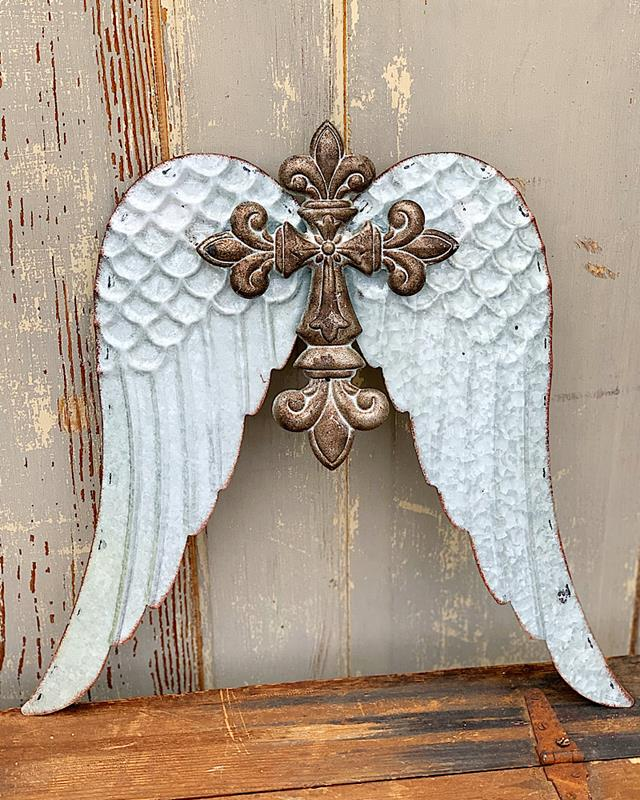 Wylee Cross With Wings,134392