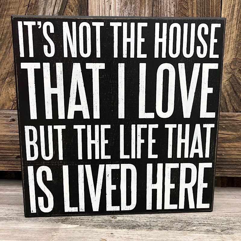 That Is Lived Here Box Sign,101279